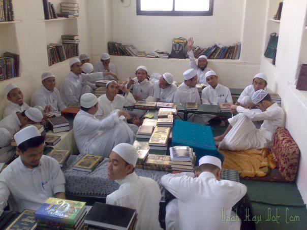 Kelas Pengajian Kitab Madrasah Solatiah